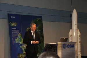 Dr. Ing. Thomas Reiter, Europas erster Langzeitastronaut auf der ISS ist seit 1. April ESA Direktor für Bemannte Raumfahrt und Missionsbetrieb und Chef des ESOC in Darmstadt.