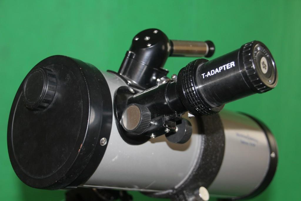 Das Eschenbach mit T-Adapter für die Fotografie.