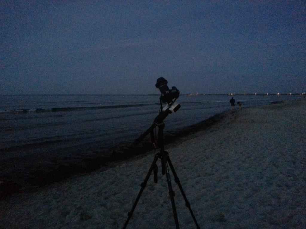 Bereit für die Sternschnuppen. Die Canon EOS 60D sitzt auf der Vixen Polarie.