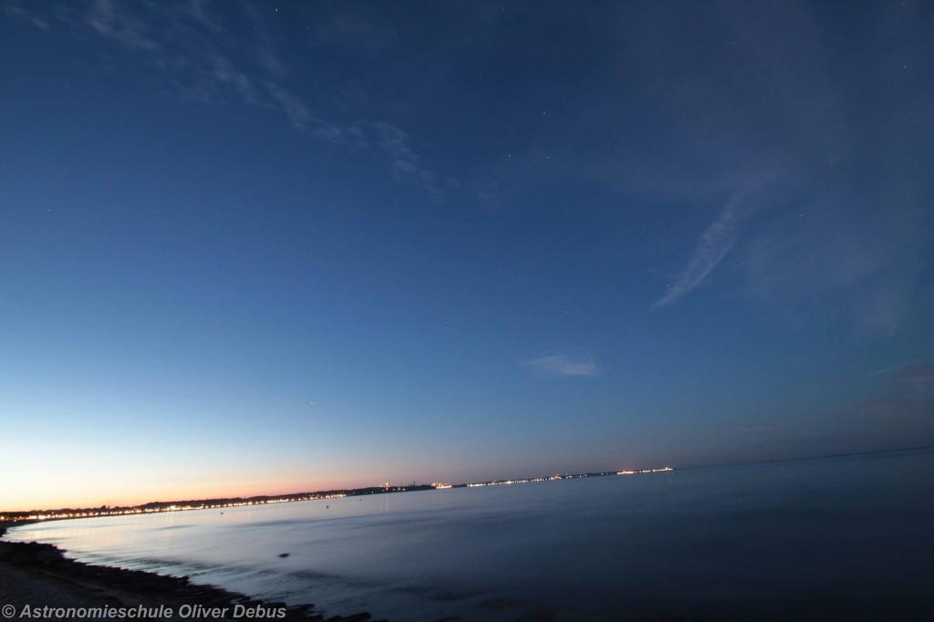 Am Abend des 12. August 2015. Blick Richtung Norden. Klare Sicht, nur vereinzelte Cirren.